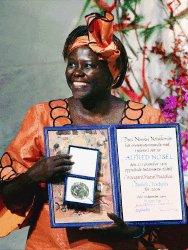 La Kenyana Wangari Maathai ganó el Premio Nobel de la Paz por su trabajo por el ambiente, los derechos de las mujeres y la democracia