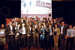 Ganadores del GSEA 2011, en el centro nuestro héroe Ludwick Marishane