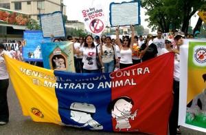 Marcha de VUCEMA contra el maltrato animal (2011)
