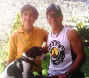 Ronald con el gran Punch, junto a Marisela Valero