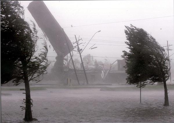 Hurricane Katrina Winds