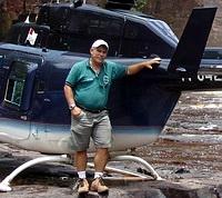 Raúl Arias piloto de Helicópteros