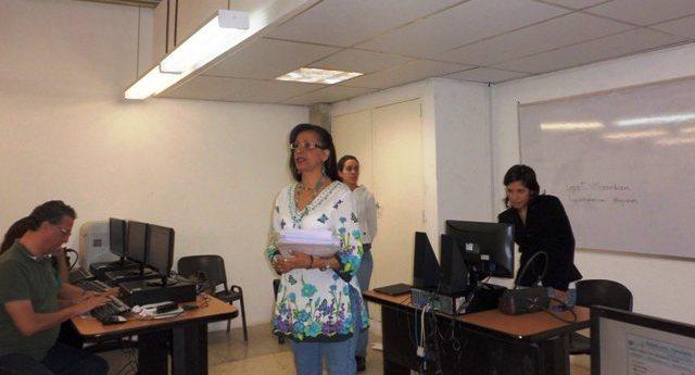 Profesora Rafi Ascanio, Taller Herramientas Digitales Tu Voz es Noticia