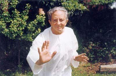 El creador de la Biodanza, Rolando Toro.