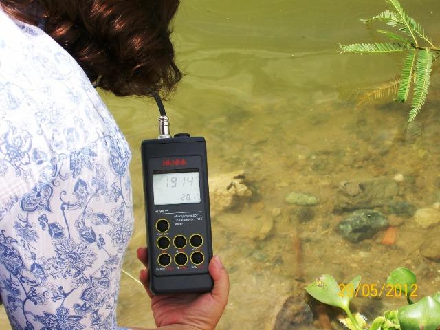 Análisis de agua en estado Carabobo,Mayo-2012 foto  http://asmenlinea.blogspot.com/