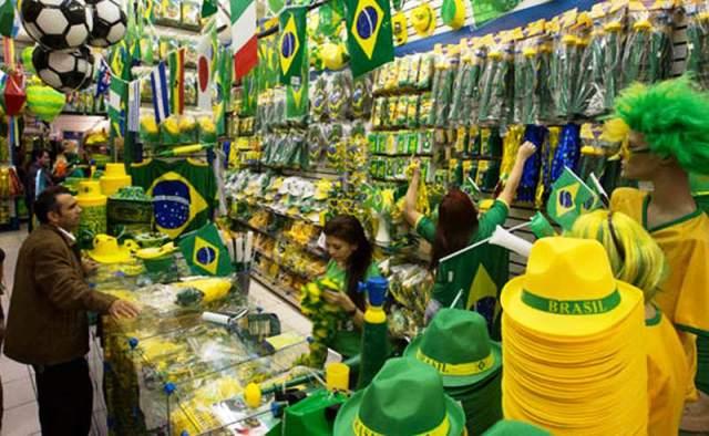 Hay muchos souvenir para comprar antes de animales o plantas