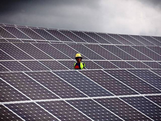 Paneles solares en Ingletarra