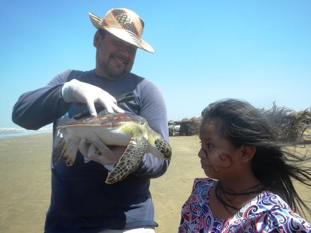 Héctor Barrios en su proyecto de la Goajira. Foto Verde Salvaje