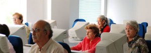 Los adultos mayores aprenden nuevas tecnología e idiomas
