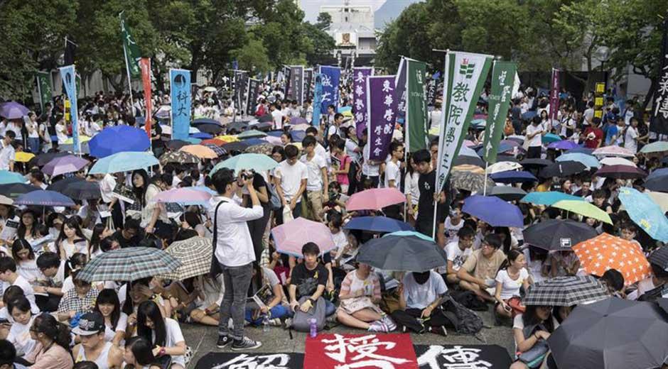 Jóvenes utilizan las redes como principal fuente de información y comunicación para sus protestas