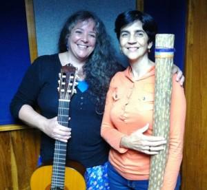 Fanny y Marisela en el estudio. Foto Héctor Luna