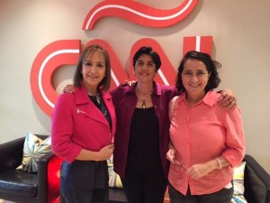 Raiza Perrault, Nidia Hernández y Marisela Valero en CNN