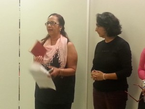 Judith Ghashghaie y Nidia Hernandez durante la lectura poética