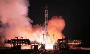 Soyuz TMA-15M vuela desde Balkonour