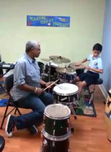 Frank Quintero ayuda a sacra lo mejor de Silvio y su talento musical