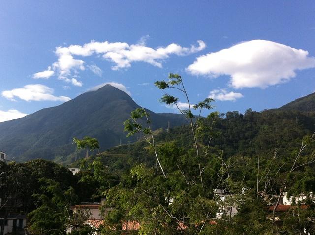 El Avila y el cielo azul caraqueño. Foto Marisela Valero