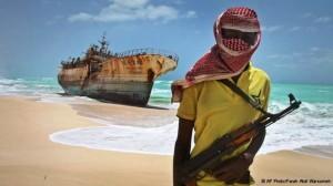 Piratas en las costas africanas.Foto Ap Farah Abdi Warsameh