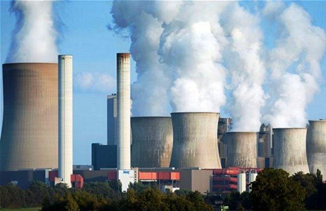 La industria y sus gases provocan el calentamiento global.