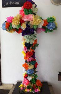 Cruz de Mayo en la Casa de la Cultura Cecilio Acosta de Los Teques. Foto Marisela Valero