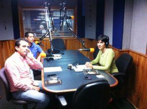 Marcial Barrios y Daniel Delgado con Marisela Valero. Foto Fernando Camacho