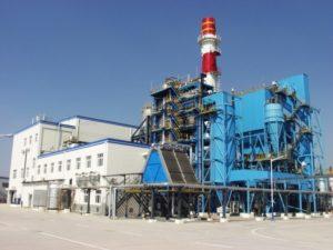Veolia explota dos centrales para reciclar desechos industriales tóxicos.
