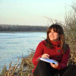 Karine con sus observaciones de aves migratorias.