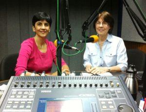 Annely Keller junto a Marisela Valero durante la grabación en Unión Radio. Foto Fernando Camacho