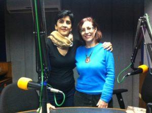 Rosa Mary Hernandez con Marisela Valero. Foto Fernando Camacho