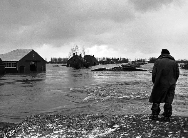 El Desastre de 1953 mató casi dos mil personas.