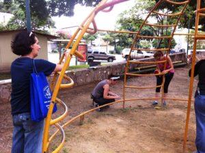 Nuestra compañera Nidia Hernández también compartió con las vecinas colaboradoras Carolina Niño y Kusa