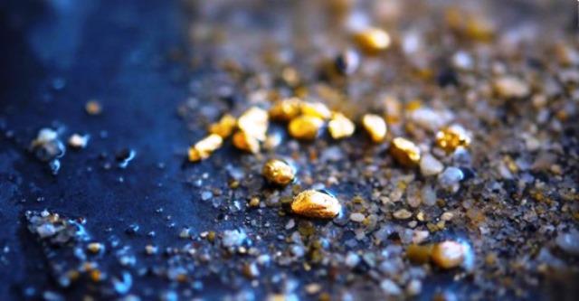 Oro en las cloacas