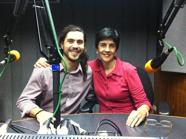 Wilhelm Trujillo con Marisela Valero durante la grabación. Foto Fernando Camacho
