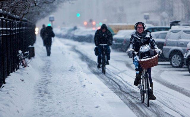 No importa la temperatura los daneses salen a pedalear